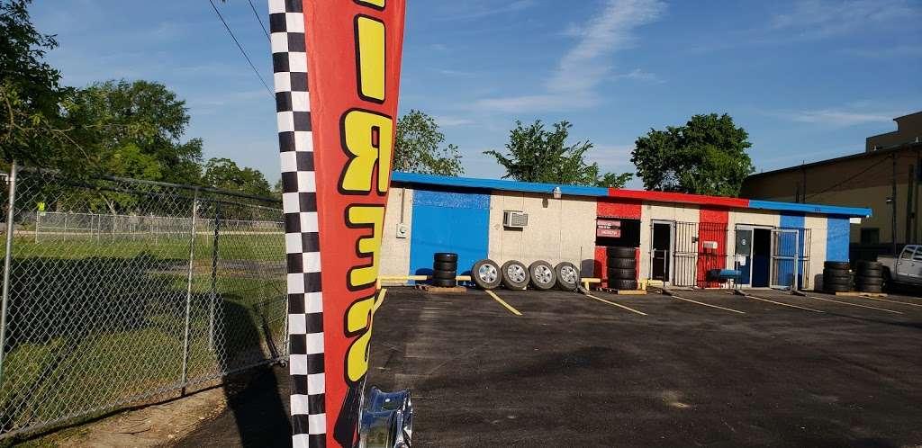 Sierra's Tire Shop - car repair  | Photo 1 of 10 | Address: 8105 Bayway Dr, Baytown, TX 77520, USA | Phone: (346) 265-1754