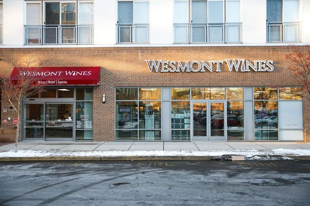 Wesmont Wines - store  | Photo 9 of 10 | Address: 611 Avalon Drive, Wood-Ridge, NJ 07075, USA | Phone: (201) 728-4528