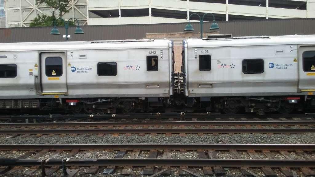 Greystone - train station  | Photo 7 of 10 | Address: Yonkers, NY 10701, USA
