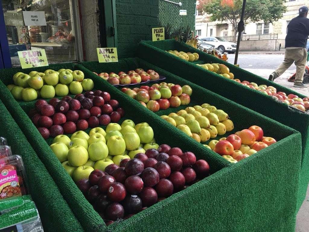 Raskins Fruit & Produce - store    Photo 6 of 10   Address: 335 Kingston Ave, Brooklyn, NY 11213, USA   Phone: (718) 756-3888