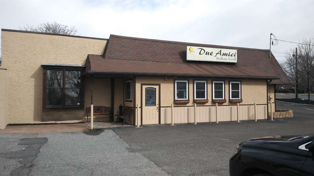 Due Amici Italian Grill - restaurant  | Photo 3 of 10 | Address: 2114 Branch Pike, Cinnaminson, NJ 08077, USA | Phone: (856) 303-8828