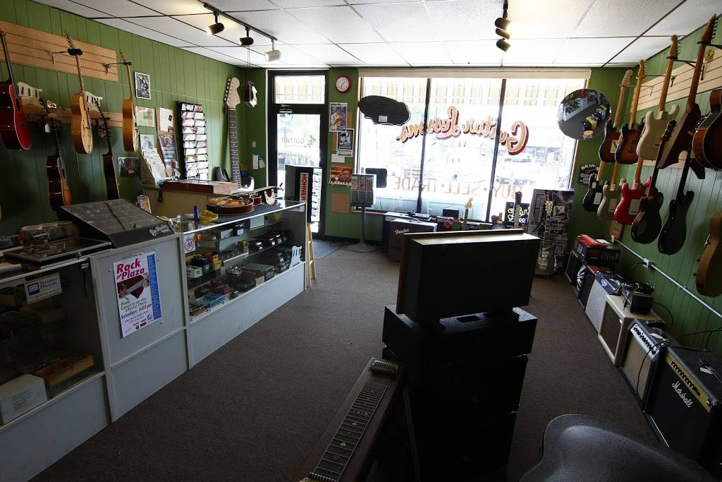 Fort Wayne Guitar Exchange - electronics store  | Photo 2 of 10 | Address: 1517 N Wells St, Fort Wayne, IN 46808, USA | Phone: (260) 423-6400