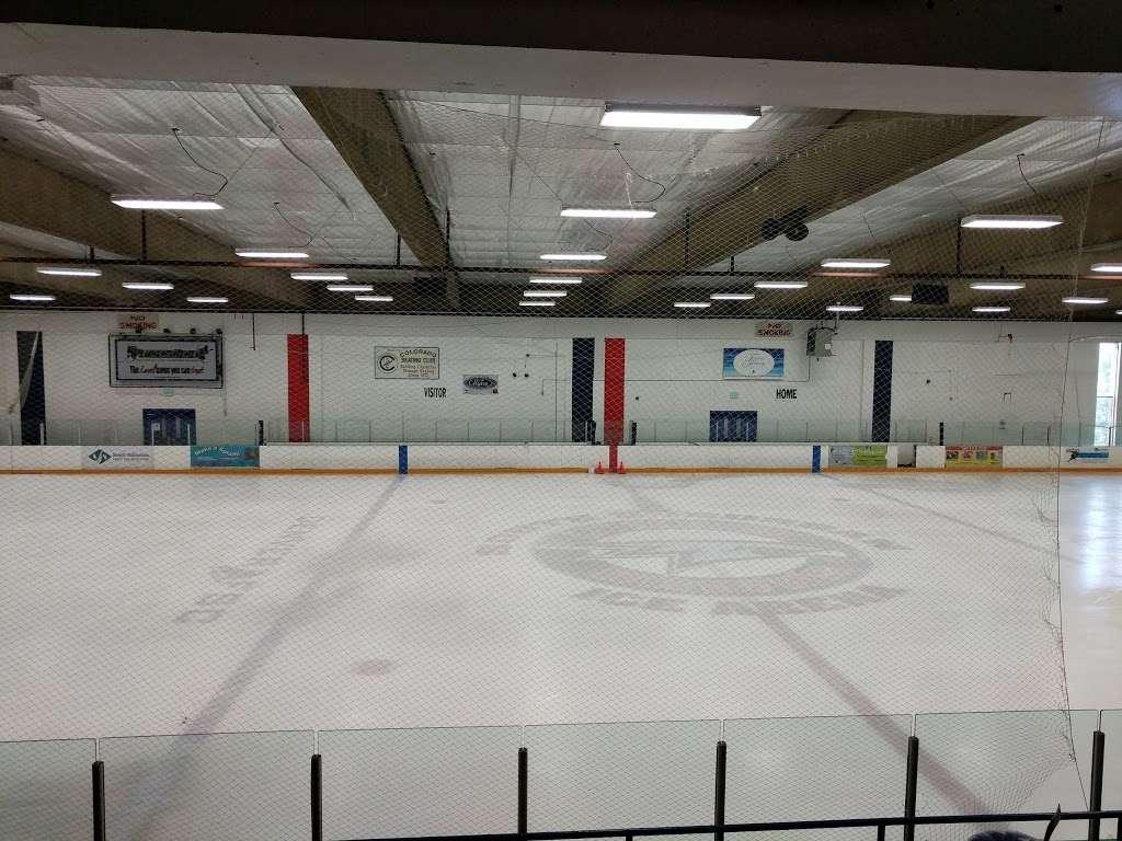 South Suburban Ice Arena - park  | Photo 2 of 10 | Address: 6580 S Vine St, Centennial, CO 80121, USA | Phone: (303) 798-7881