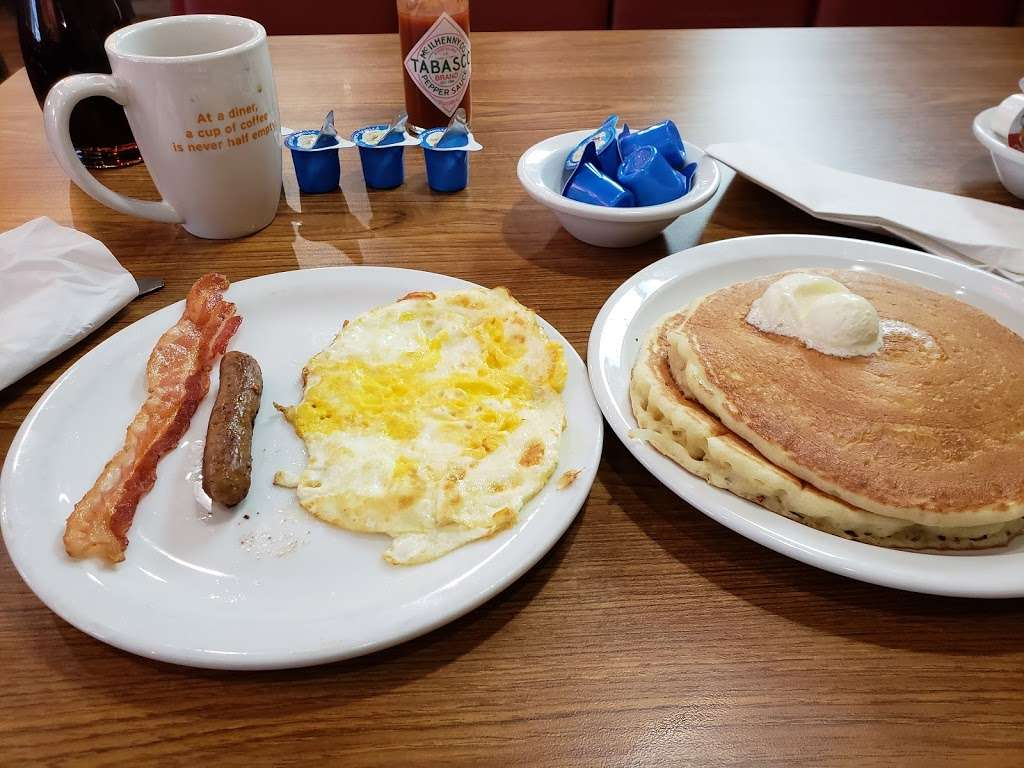 Dennys - restaurant  | Photo 10 of 10 | Address: 6920 S Fry Rd, Katy, TX 77494, USA | Phone: (281) 347-1333