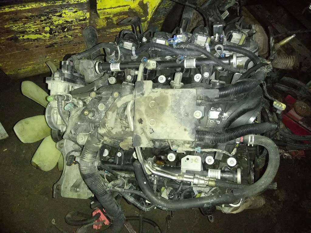 E&M transmission and motor shop - car repair  | Photo 3 of 4 | Address: 2720 Coombsville Ave, Dallas, TX 75212, USA