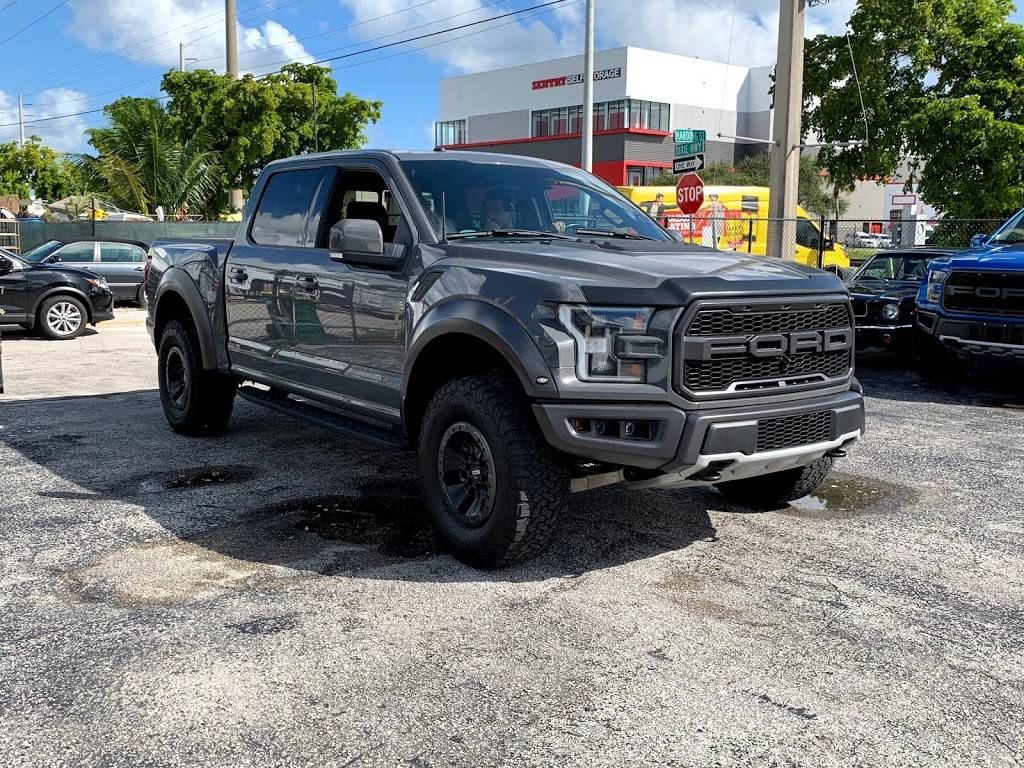 Hard Rock Motors llc - car dealer  | Photo 4 of 8 | Address: 2110 Harding St, Hollywood, FL 33020, USA | Phone: (305) 896-9680