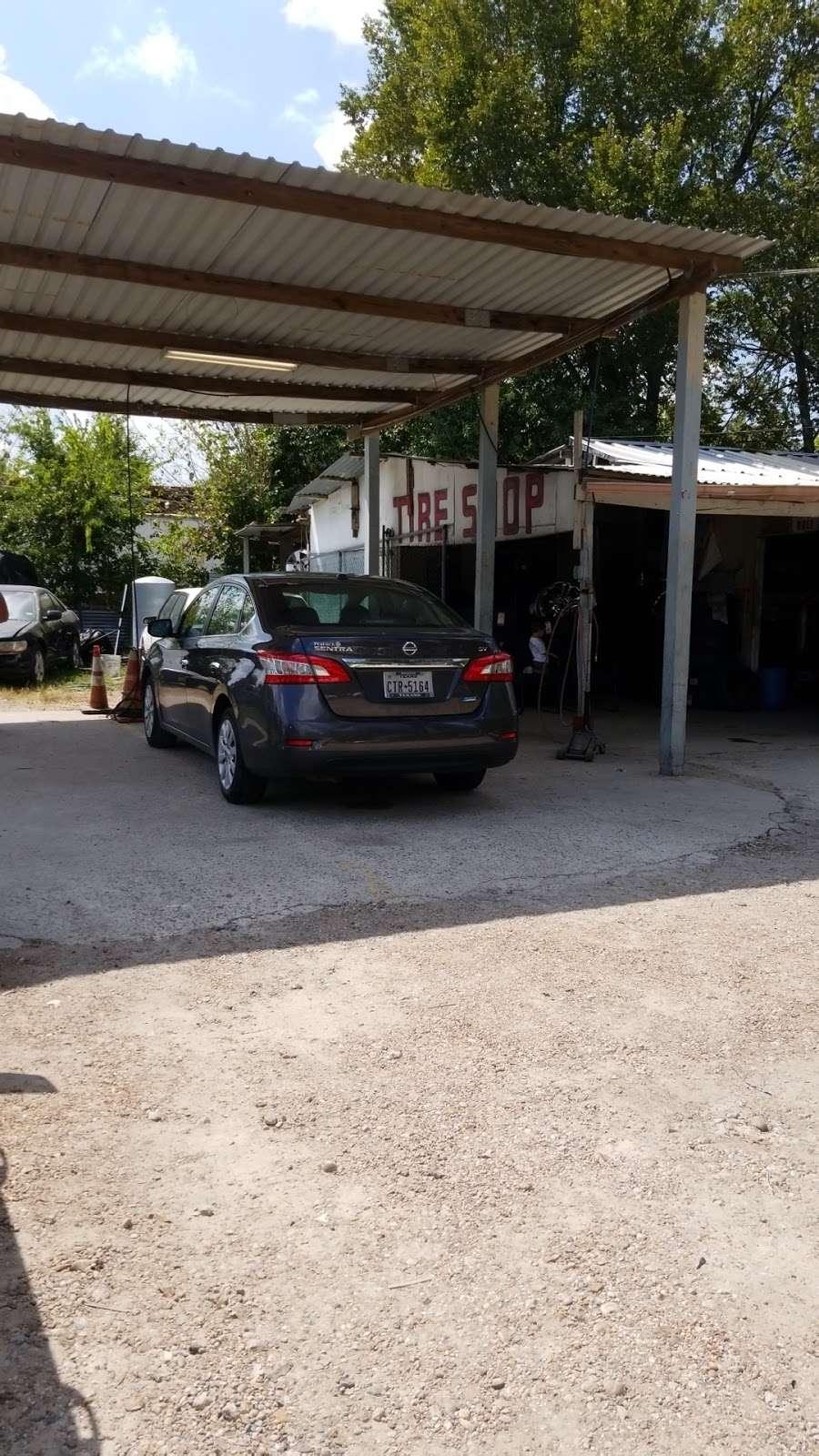 Arias Tire Shop & Auto Sales - car repair  | Photo 1 of 6 | Address: 10601 Airline Dr, Houston, TX 77037, USA | Phone: (832) 564-5554