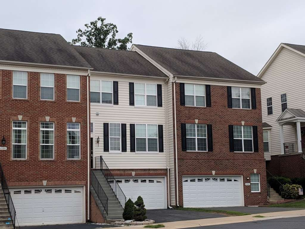 Ridgeline Roofers - roofing contractor    Photo 2 of 10   Address: 21535 Wild Timber Ct, Ashburn, VA 20148, USA   Phone: (703) 454-8334