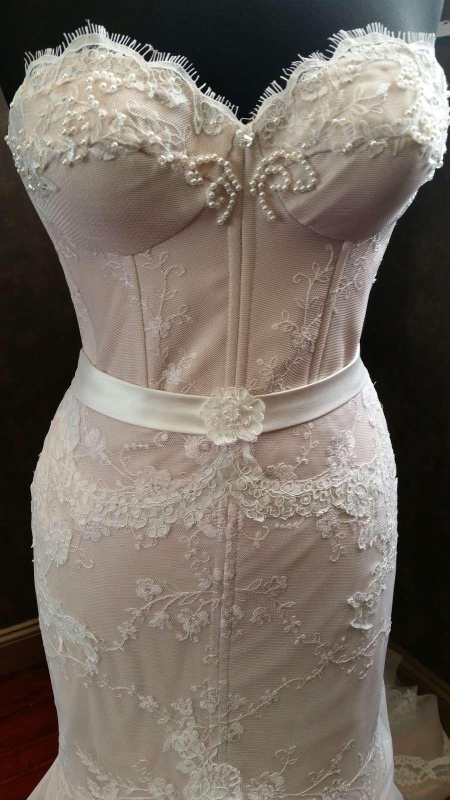 Couture de Bride - clothing store    Photo 6 of 10   Address: 406 Cedar Ln, Teaneck, NJ 07666, USA   Phone: (201) 357-4877