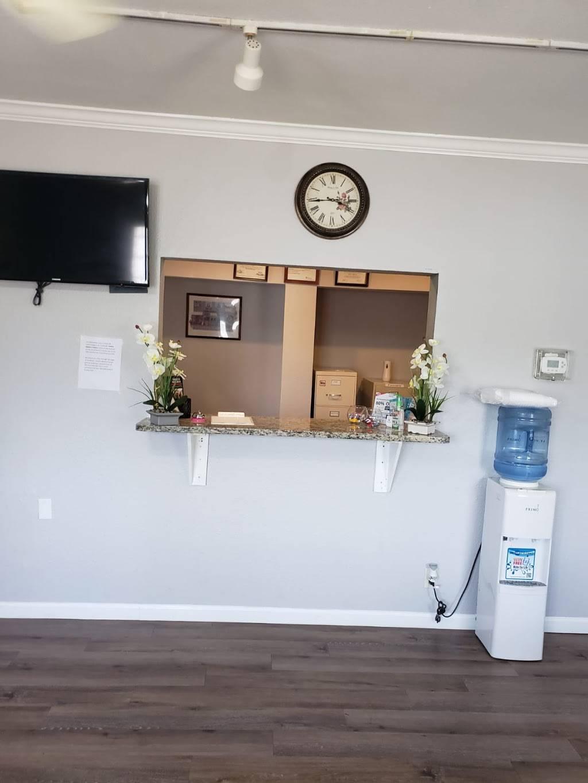 Centro Medico Culebra(Clinica Hispana ) - health  | Photo 1 of 7 | Address: 1521 Culebra Rd, San Antonio, TX 78201, USA | Phone: (210) 733-8882