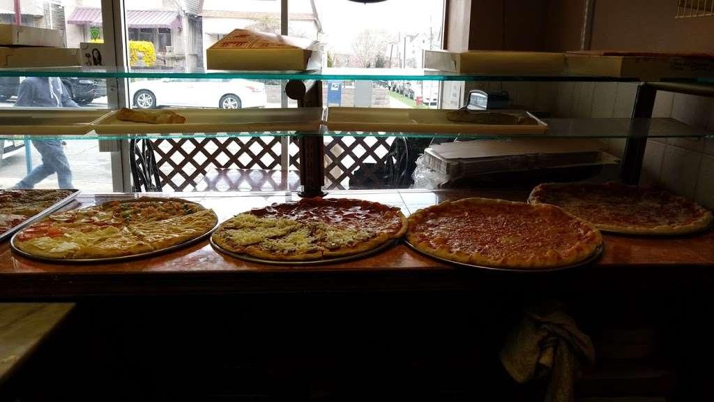 Prima Pizza - restaurant    Photo 7 of 10   Address: 328 Avenue B A, Bayonne, NJ 07002, USA   Phone: (201) 339-3100