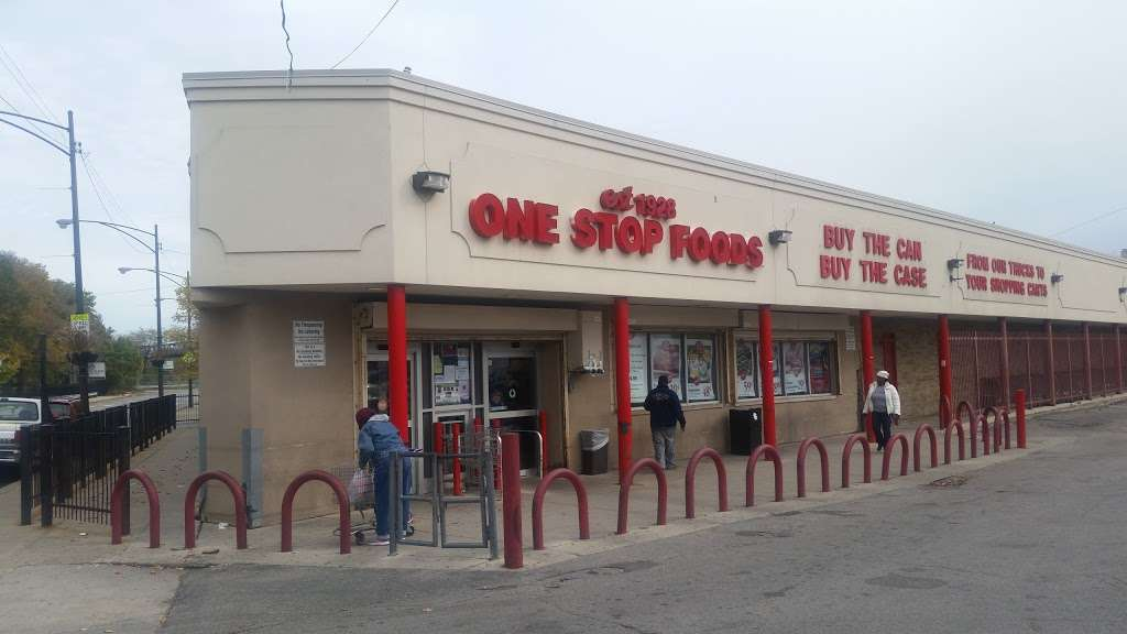 One Stop Food & Liquors - store  | Photo 3 of 10 | Address: 4301 S Lake Park Ave, Chicago, IL 60653, USA | Phone: (773) 624-4444