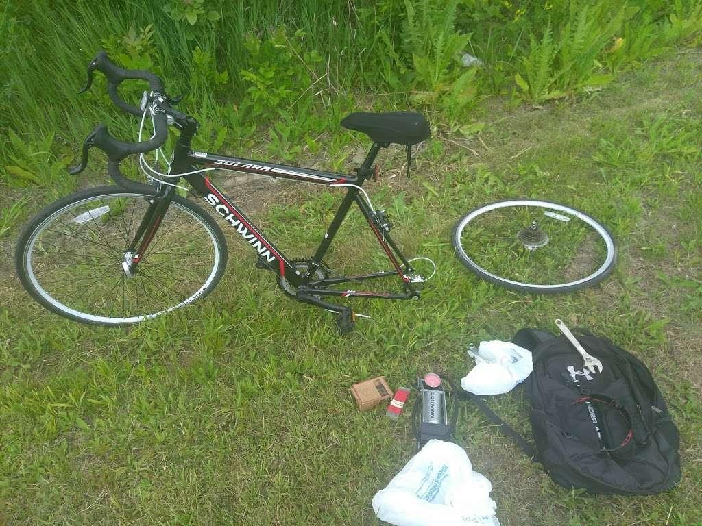 Midlothian Meadows - park  | Photo 7 of 10 | Address: W 155th St, Midlothian, IL 60445, USA | Phone: (708) 447-0090