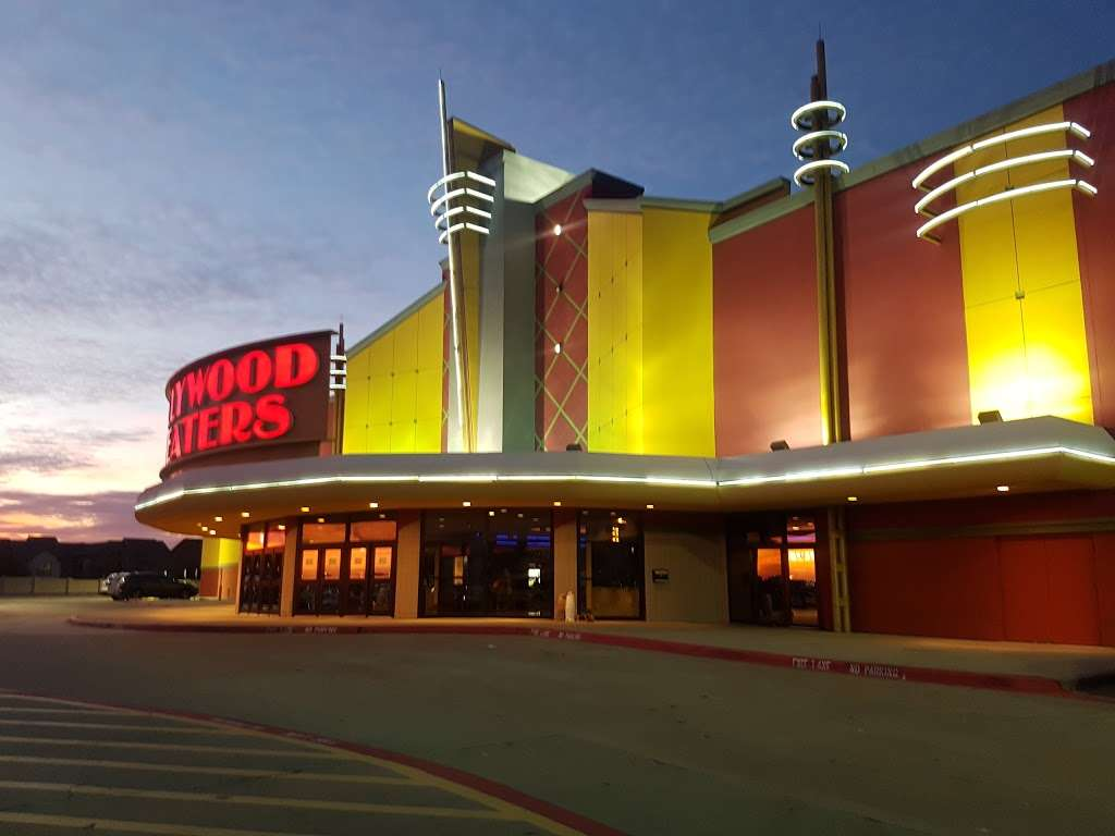 Fun Movie Grill Macarthur Market place - movie theater  | Photo 7 of 10 | Address: 8505 Walton Blvd, Irving, TX 75063, USA | Phone: (972) 556-9524