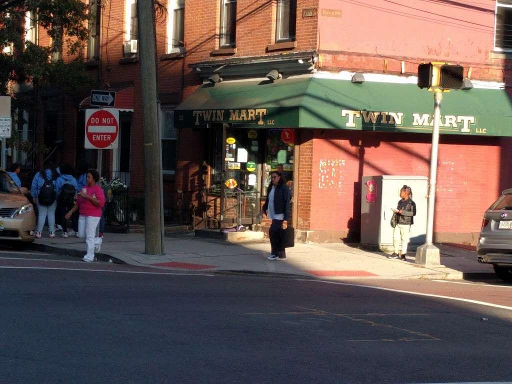 Twin Mart - convenience store    Photo 3 of 3   Address: 226 9th St, Jersey City, NJ 07302, USA   Phone: (201) 884-0173