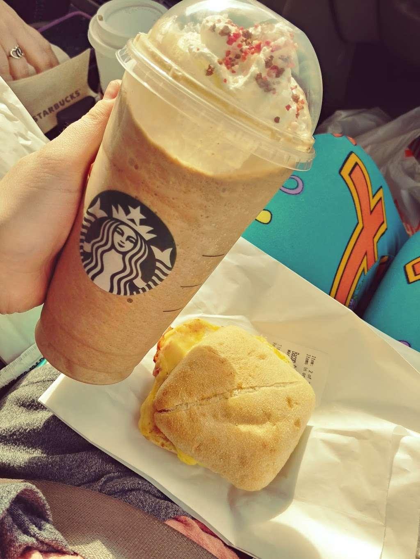 Starbucks - cafe  | Photo 7 of 10 | Address: 5017, I-10, Baytown, TX 77521, USA | Phone: (281) 421-2408