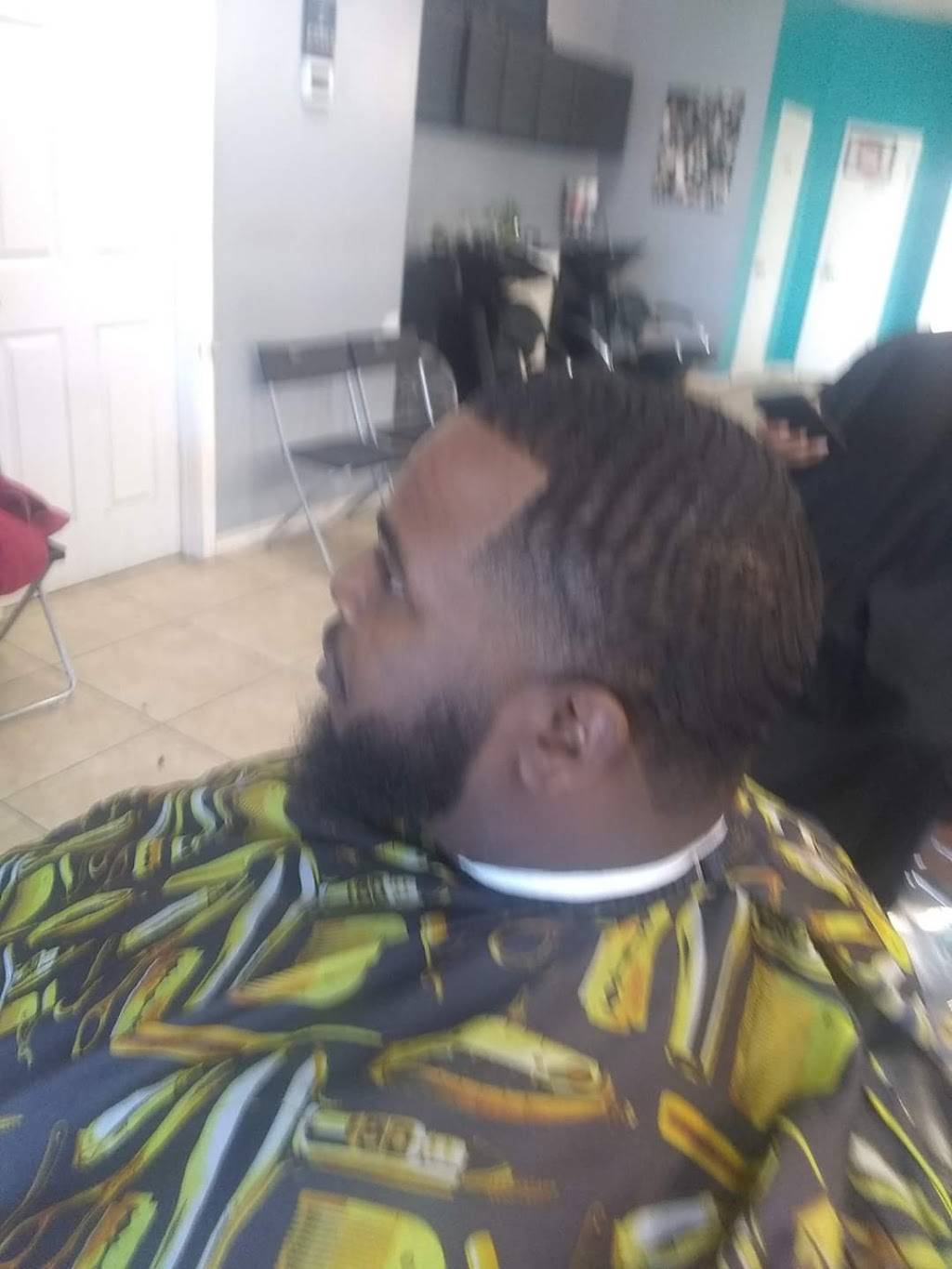 Tims Barber Shop - hair care  | Photo 7 of 7 | Address: 1250 Texas Pkwy, Stafford, TX 77477, USA | Phone: (832) 455-7930