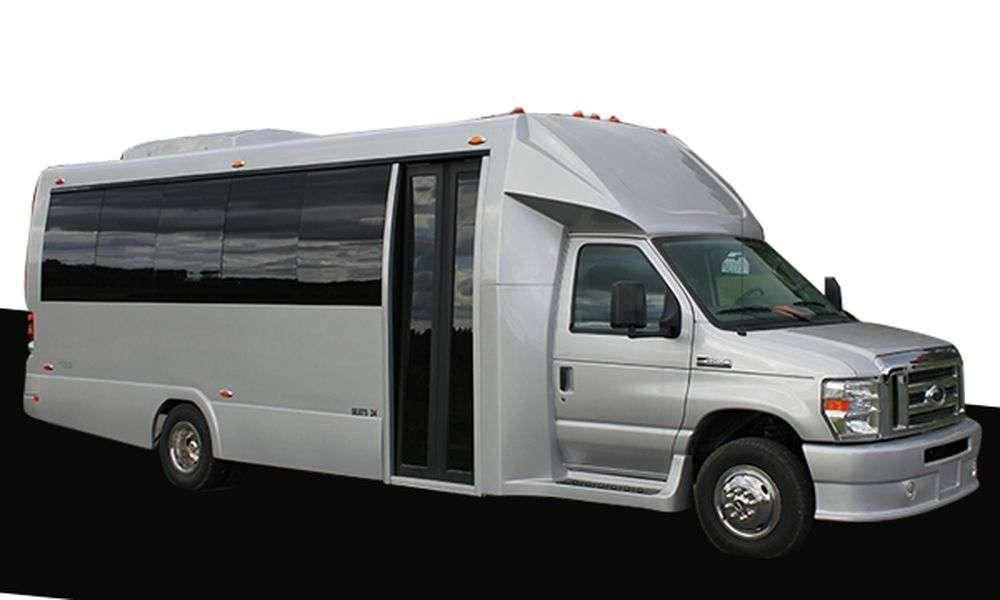 Cathay Express Transportation - car rental  | Photo 4 of 10 | Address: 4532 Arcadia Ln, Great Neck, NY 11020, USA | Phone: (212) 261-5555