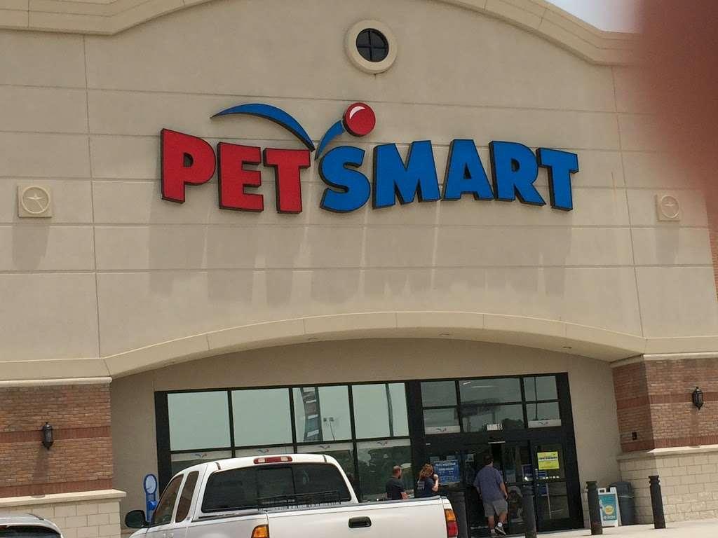 PetSmart - veterinary care  | Photo 2 of 10 | Address: 20518 Hwy 59 N, Humble, TX 77338, USA | Phone: (281) 540-1274