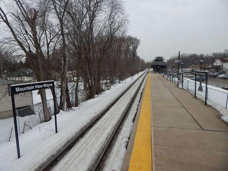 Mountain View-Wayne Station - train station    Photo 1 of 10   Address: 11 Erie Ave, Wayne, NJ 07470, USA