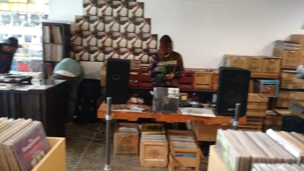 Rock City Records - electronics store  | Photo 3 of 10 | Address: 14401 E Jefferson Ave #2933, Detroit, MI 48215, USA | Phone: (313) 499-1540