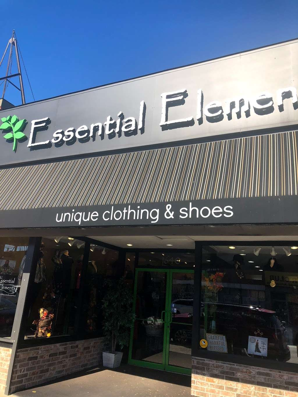 Essential Elements-Chicago, Ltd. - clothing store  | Photo 5 of 10 | Address: 1640 E 87th St, Chicago, IL 60617, USA | Phone: (773) 978-1200
