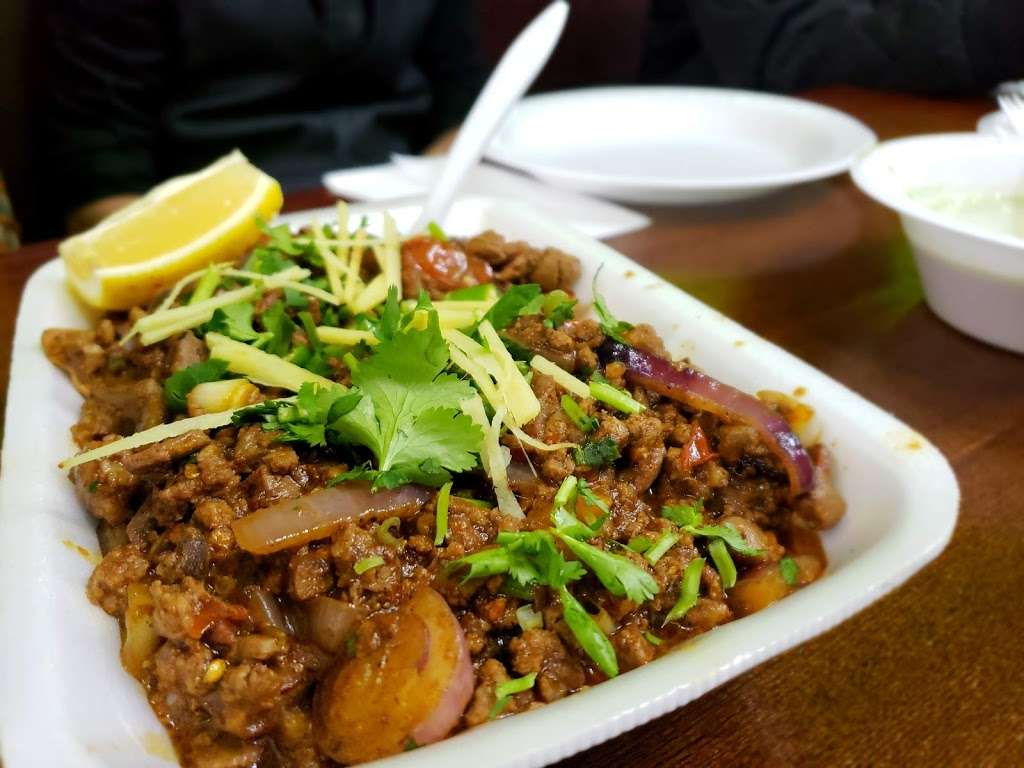 Bundu Khan Kabab House - restaurant  | Photo 7 of 10 | Address: 25319 Union Tpke, Glen Oaks, NY 11004, USA | Phone: (718) 343-0666