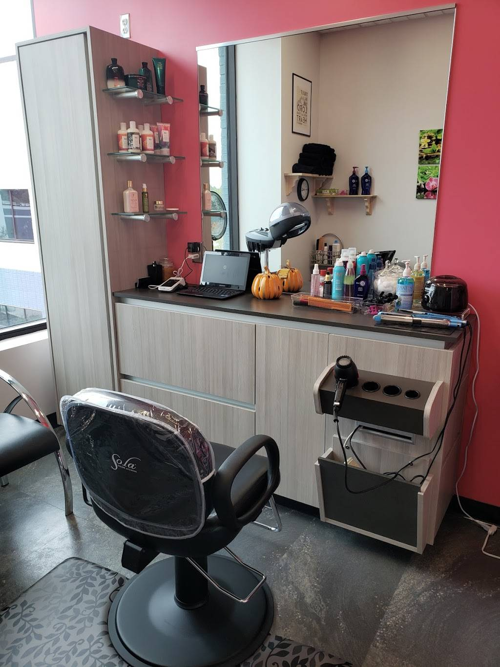 QUÉ BELLA HAIR SALON {BALAYAGE • BOTOX for HAIR • BLOWOUT • HAIR - hair care  | Photo 6 of 10 | Address: inside of Phenix Salon Suites 1213, Parkside Main St SUITE 129, Cary, NC 27519, USA | Phone: (984) 500-3535