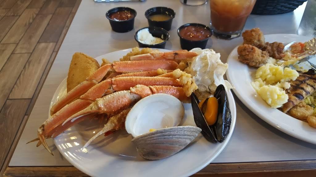 Nautilus - restaurant  | Photo 2 of 10 | Address: 3208 Atlantic Ave, Virginia Beach, VA 23451, USA | Phone: (757) 425-0444
