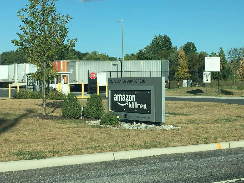Amazon Fulfilment ACY2 - storage  | Photo 2 of 5 | Address: 2277 Center Square Rd, Logan Township, NJ 08085, USA | Phone: (856) 842-9323