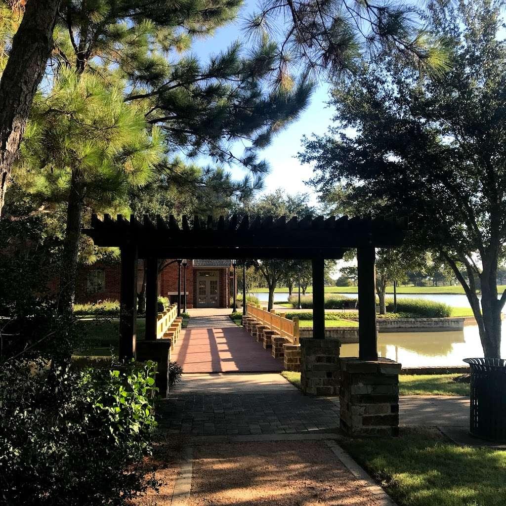 Bridgeland Welcome Center - park  | Photo 8 of 10 | Address: 16919 N Bridgeland Lake Pkwy, Cypress, TX 77433, USA | Phone: (281) 304-5588