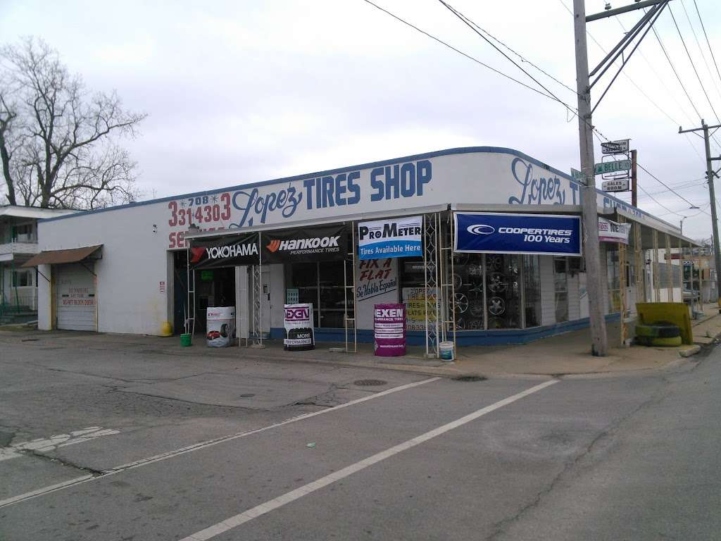 Lopez Tire Shop - car repair  | Photo 7 of 10 | Address: 15303 S Halsted St, Harvey, IL 60426, USA | Phone: (708) 331-4303
