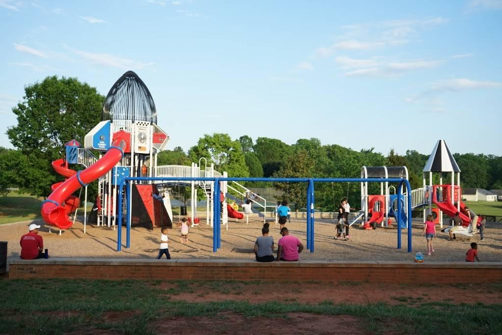 Oak Summit Park - park  | Photo 1 of 10 | Address: 370 Oak Summit Rd, Winston-Salem, NC 27105, USA | Phone: (336) 727-8000