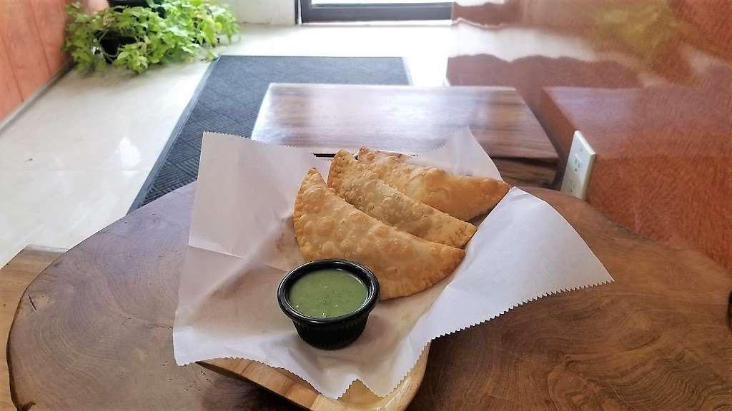 La CuCa - restaurant  | Photo 6 of 10 | Address: 102-11 43rd Avenue, Corona, NY 11368, USA | Phone: (718) 685-2015