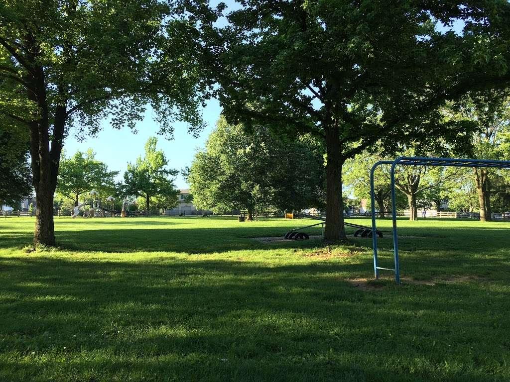 Lindberg Park - park  | Photo 1 of 10 | Address: 2800 Lindberg Ave, Allentown, PA 18103, USA | Phone: (484) 484-4848