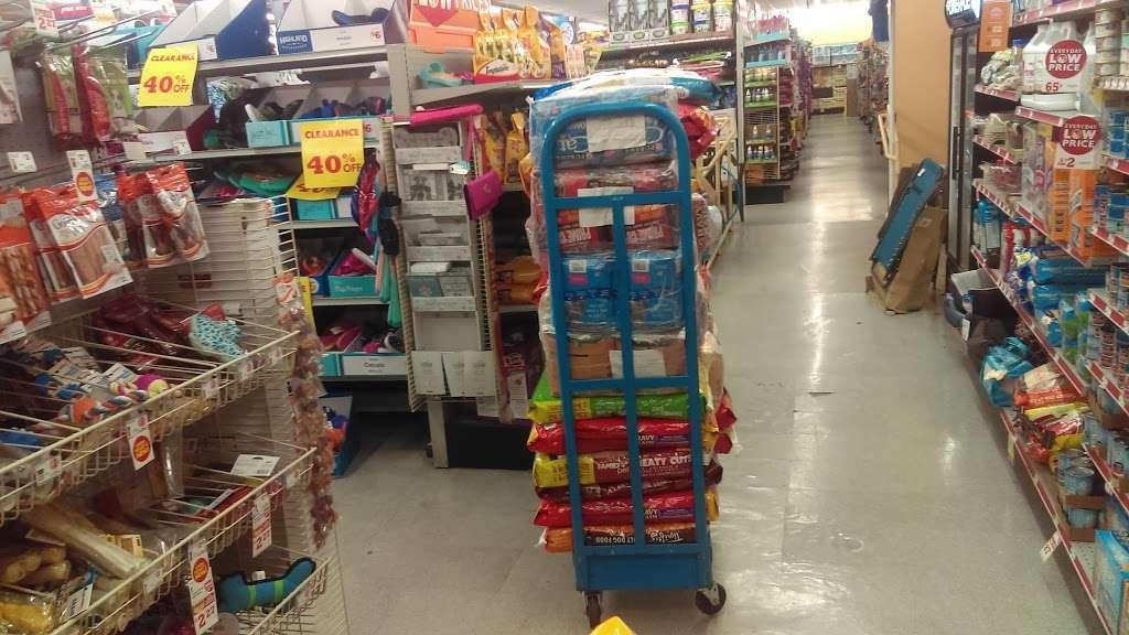 Family Dollar - supermarket    Photo 1 of 2   Address: 1153 W Camp Wisdom Rd, Dallas, TX 75232, USA   Phone: (214) 371-7258