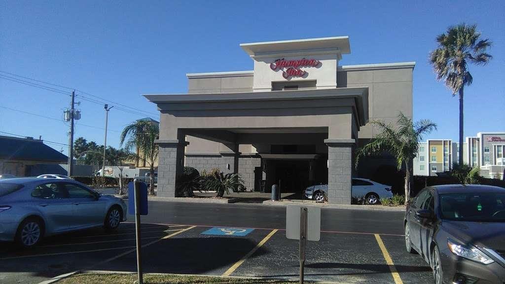 Hampton Inn Houston/Baytown - lodging  | Photo 9 of 10 | Address: 7211 Garth Rd, Baytown, TX 77521, USA | Phone: (281) 421-1234