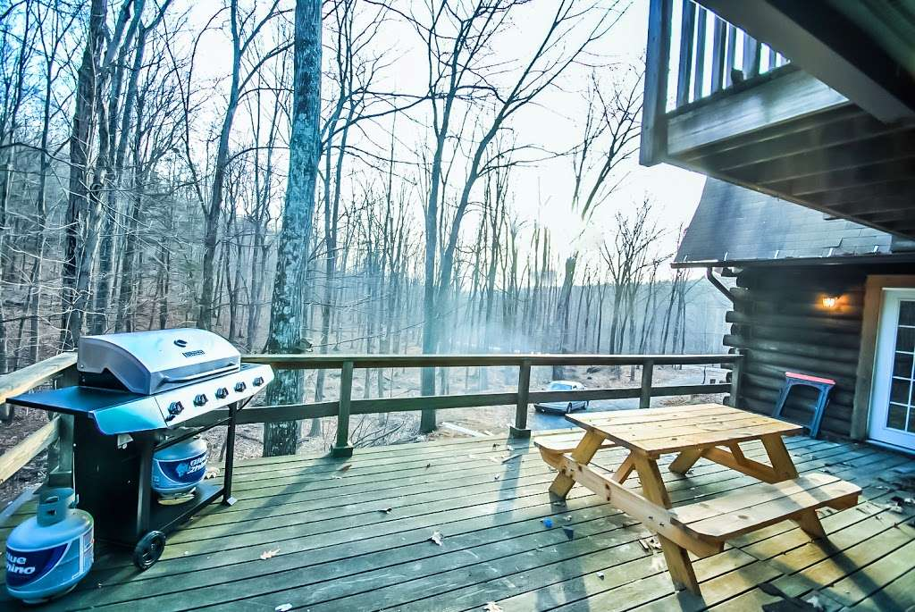 Pocono Casa & Cabanas & Pet Friendly Cabin Rentals - Grand Summi - real estate agency  | Photo 1 of 10 | Address: 151 Terrace Dr, East Stroudsburg, PA 18301, USA | Phone: (718) 303-0448