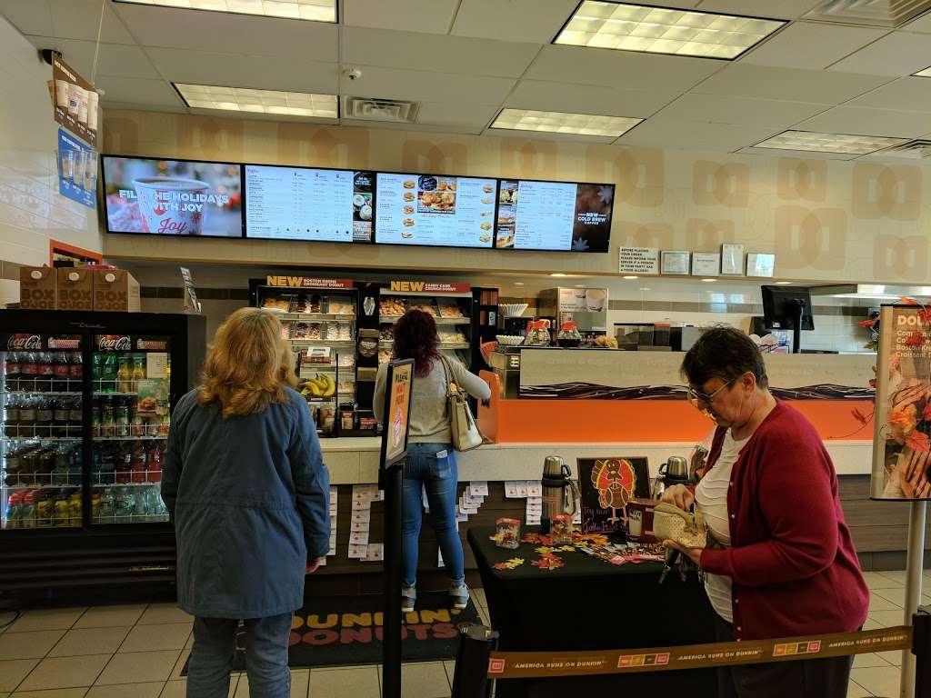 Dunkin Donuts - cafe  | Photo 1 of 10 | Address: 1039 US-46, Ledgewood, NJ 07852, USA | Phone: (973) 927-1044