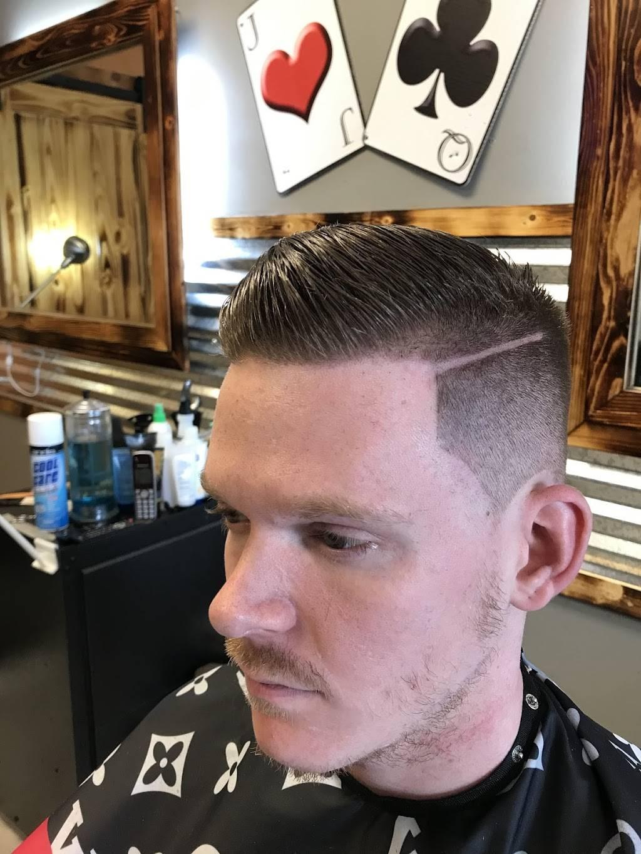 Apex Man Barbering & Wellness Saloon - hair care    Photo 7 of 7   Address: 4505 Columbus St suite 103, Virginia Beach, VA 23452, USA   Phone: (757) 761-4487