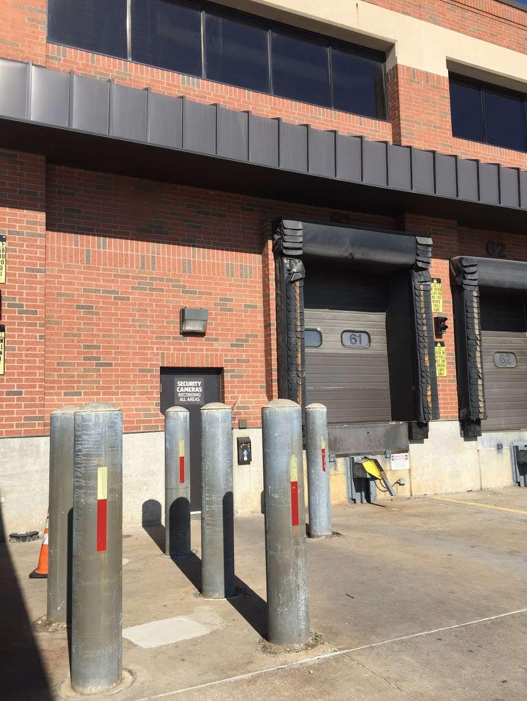 ALDI Distribution Center - storage  | Photo 3 of 10 | Address: 10505 KS-7, Olathe, KS 66061, USA | Phone: (913) 768-1119