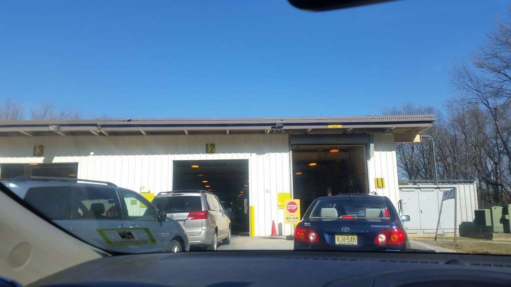 NJ Motor Vehicle Inspection Station - car repair  | Photo 7 of 10 | Address: 725 Tanyard Rd, Deptford Township, NJ 08096, USA | Phone: (856) 979-9464