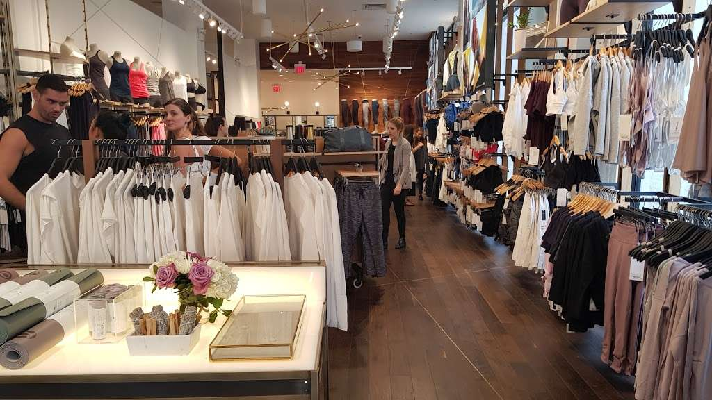 lululemon - shoe store  | Photo 1 of 10 | Address: 114 5th Ave, New York, NY 10011, USA | Phone: (212) 627-0314