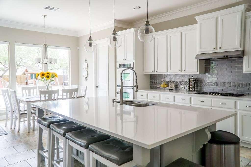 The Hoeke Team, REALTORS at Barr & Associates Real Estate, LLC - real estate agency  | Photo 8 of 10 | Address: 210D Genesis, Webster, TX 77598, USA | Phone: (832) 713-1299