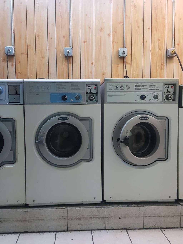 A1 Laundromat - laundry  | Photo 3 of 5 | Address: Jersey City, NJ 07306, USA | Phone: (201) 659-9688