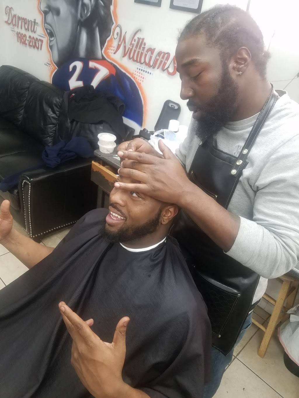 Jordans Barbershop - hair care  | Photo 2 of 5 | Address: 13697 E Iliff Ave, Aurora, CO 80014, USA | Phone: (303) 368-8682