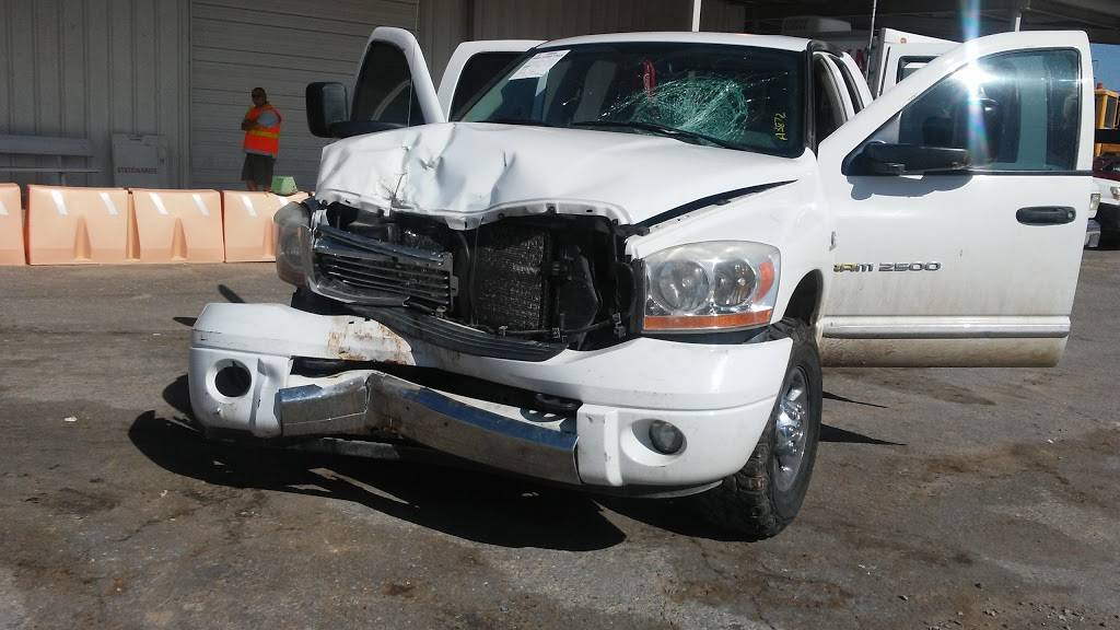 Insurance Auto Auctions - insurance agency  | Photo 4 of 10 | Address: 4400 Broadway Blvd SE, Albuquerque, NM 87105, USA | Phone: (505) 873-2081