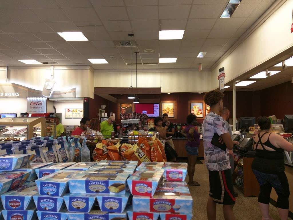 Wawa - convenience store  | Photo 3 of 10 | Address: 513 W Delilah Rd, Pleasantville, NJ 08232, USA | Phone: (609) 641-2428