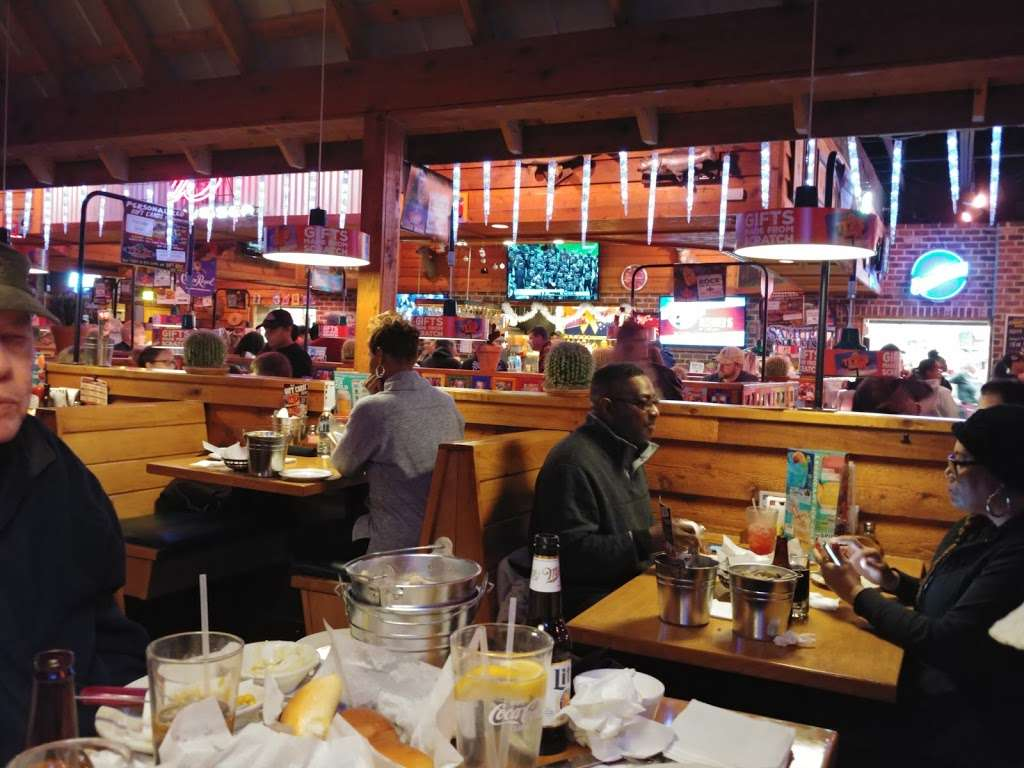 Texas Roadhouse - restaurant  | Photo 5 of 10 | Address: 250 Buckley Blvd, Bear, DE 19701, USA | Phone: (302) 322-3443