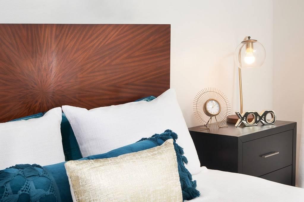 Bella Posta Apartments - real estate agency  | Photo 1 of 3 | Address: 10343 San Diego Mission Rd, San Diego, CA 92108, USA | Phone: (619) 563-1856